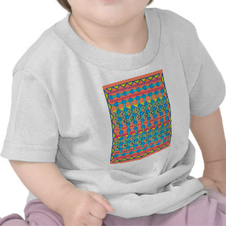 Diseño geométrico camiseta