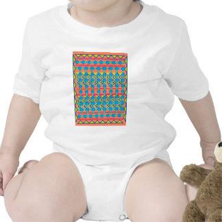 Diseño geométrico camisetas