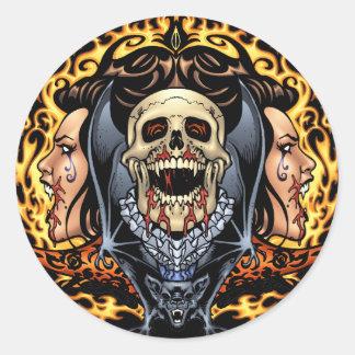 Diseño gótico de los cráneos, de los vampiros y de pegatina redonda