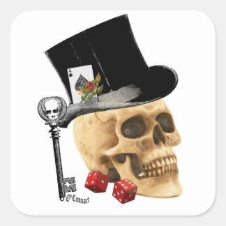 Diseño gótico del tatuaje del cráneo del jugador pegatina cuadrada
