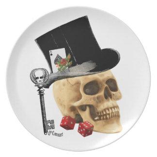 Diseño gótico del tatuaje del cráneo del jugador plato de cena