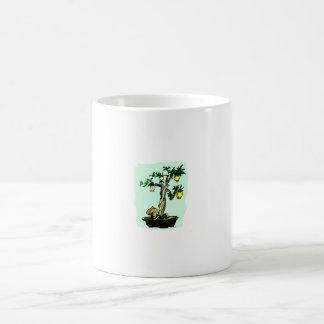 Diseño gráfico de la imagen de los bonsais de la f taza básica blanca