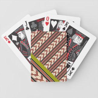 Diseño gráfico del modelo geométrico tribal del vi baraja cartas de poker