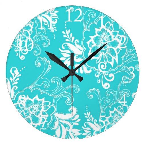 Diseño gráfico floral azul de la aguamarina. reloj redondo grande