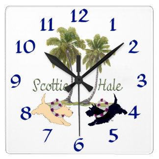 Diseño hawaiano de Terrier del escocés Reloj Cuadrado