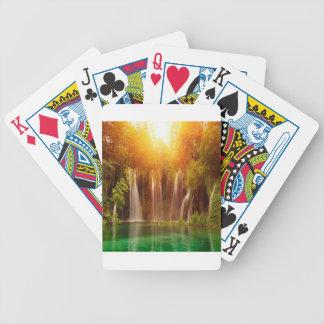 Diseño hermoso del paisaje de la naturaleza barajas de cartas