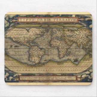 Diseño histórico del atlas del mapa del mundo del  tapete de raton