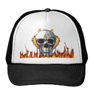 Diseño humano 4 del cráneo del cromo con el fuego gorras