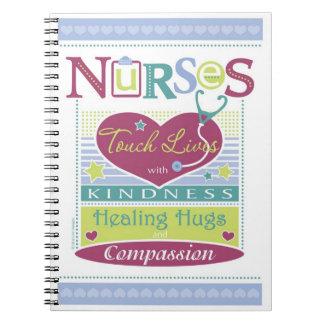 Diseño inspirado del cuaderno para las enfermeras