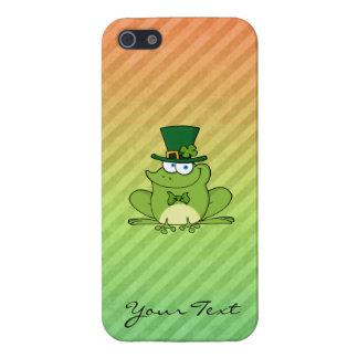 Diseño irlandés de la rana iPhone 5 coberturas