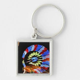 Diseño justo colorido del paseo, colores de neón e llavero cuadrado plateado