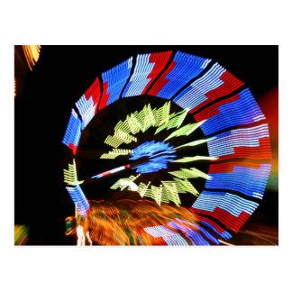 Diseño justo colorido del paseo, colores de neón postal