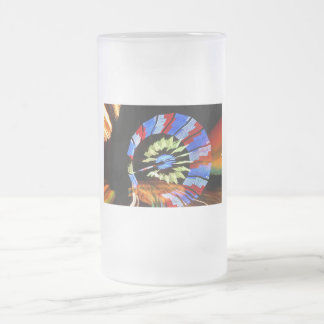 Diseño justo colorido del paseo, colores de neón taza de cristal