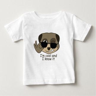 Diseño lindo, cómico del meerkat playera de bebé