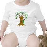 Diseño lindo de Hugger del árbol Traje De Bebé