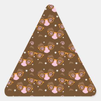 Diseño lindo del modelo de los inocentes pegatina triangular