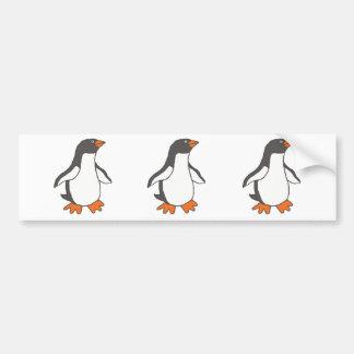 Diseño lindo del pingüino del dibujo animado pegatina para auto