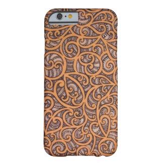 Diseño maorí funda de iPhone 6 barely there