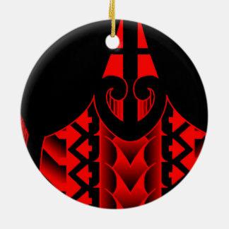 diseño maorí tribal coloreado del tatau con las adorno redondo de cerámica
