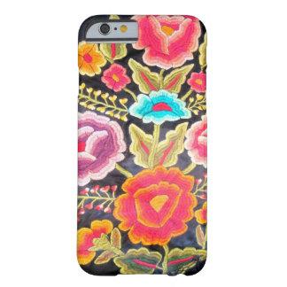Diseño mexicano del bordado funda para iPhone 6 barely there