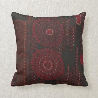 Diseño modernista negro y rojo almohada