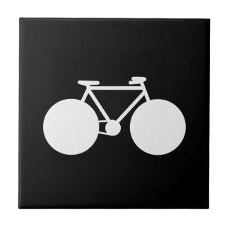 diseño moderno de la bicicleta blanca azulejo cuadrado pequeño