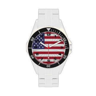 Diseño moderno muy patriótico de la bandera reloj