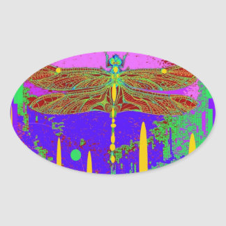 Diseño moderno púrpura de la libélula por Sharles Pegatina Ovalada