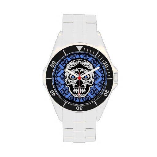 Diseño negro blanco azul del damasco del cráneo de reloj de mano