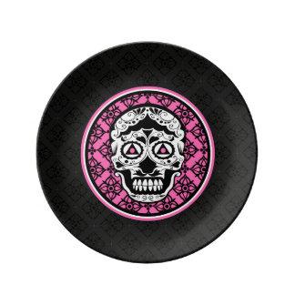 Diseño negro blanco rosado del damasco del cráneo platos de cerámica
