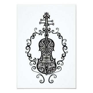 Diseño negro complejo del violín en blanco invitacion personal
