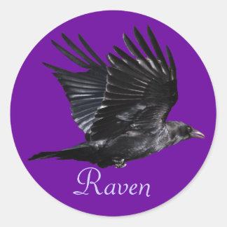Diseño negro de la foto del Cuervo-amante de Corvi Etiquetas Redondas