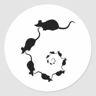 Diseño negro lindo del ratón. Espiral de ratones Pegatina Redonda