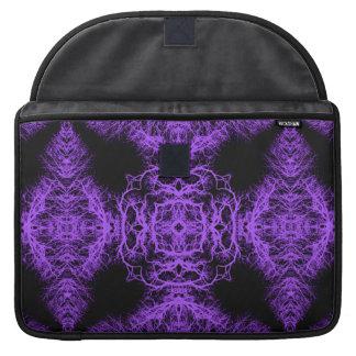 Diseño negro y púrpura gótico fundas para macbooks