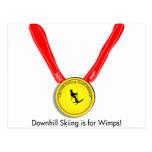 Diseño olímpico divertido del esquí alpino postales