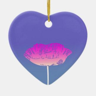 Diseño original de la flor rosada de la amapola adorno navideño de cerámica en forma de corazón