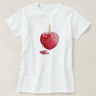 Diseño original del arte del amor de la vela roja playera