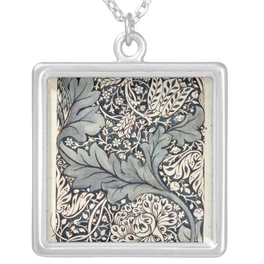 Diseño para la zaraza de Avon, c.1886 Collar Plateado