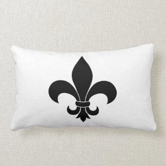Diseño parisiense del modelo francés de la flor de almohada
