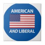 Diseño patriótico americano Y liberal de la bander Azulejo