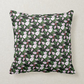 Diseño pequeño, floral del racimo cojin