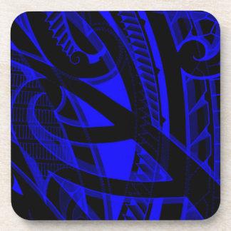Diseño polinesio tribal del koru con el negro, posavasos de bebida