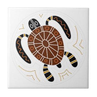Diseño punteado tortuga azulejo cuadrado pequeño