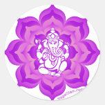 Diseño púrpura de Ganesh Pegatina Redonda