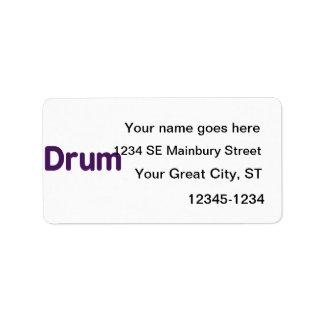 diseño púrpura de la música del texto del tambor etiqueta de dirección