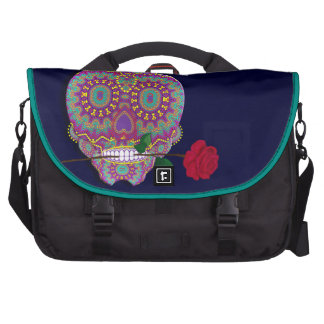 Diseño púrpura del trullo del rosa rojo del cráneo bolsa para ordenador