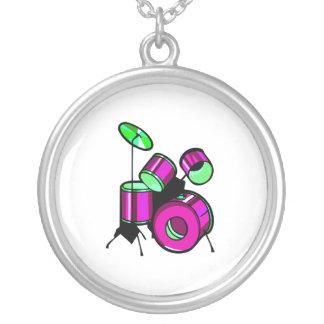Diseño púrpura gráfico determinado de la imagen de collares personalizados