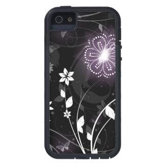 Diseño púrpura iluminado de las mariposas y de las iPhone 5 fundas