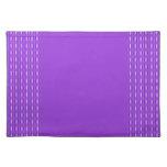 diseño púrpura lindo del modelo mantel