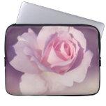 Diseño púrpura subió vintage del rosa de la flor manga portátil